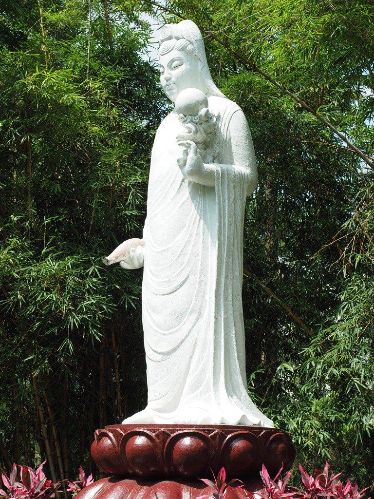 Guanyin Statue im Da'an Park in Taipeh
